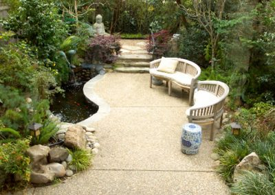 1459965648_pond-patio
