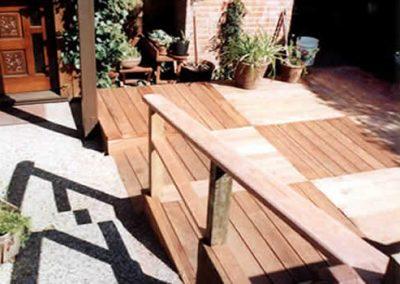 1459965841_patios-decksqare