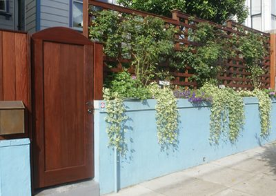 1459966078_fence-bluewall