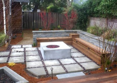 1459966252_patiosquares-with-firepit