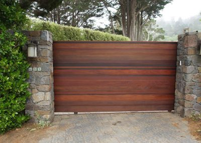 laguna_gate
